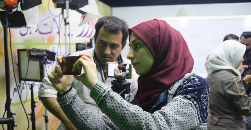 ياسر دياب الاخراج في استديو مركز اشراق